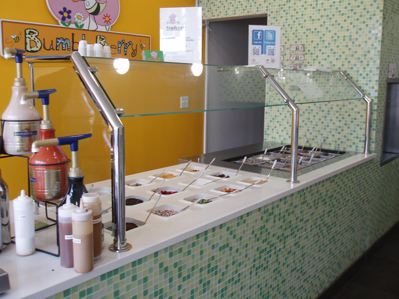 Bumble Berry Yogurt Shop