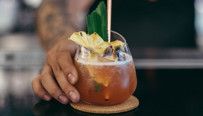 Bartender's Guide To 2019 Cocktail Trends  - ESP Metal Products & Crafts